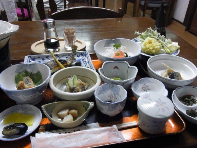 秋田八幡平秘湯ふけの湯夕食