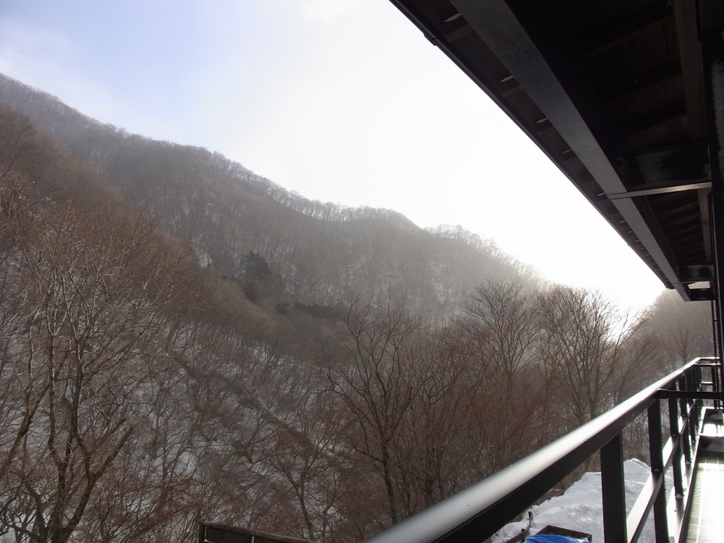 晩冬の甲子温泉大黒屋で迎える朝