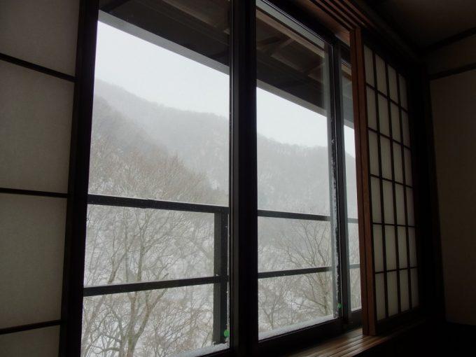 秘湯甲子温泉大黒屋雪景色