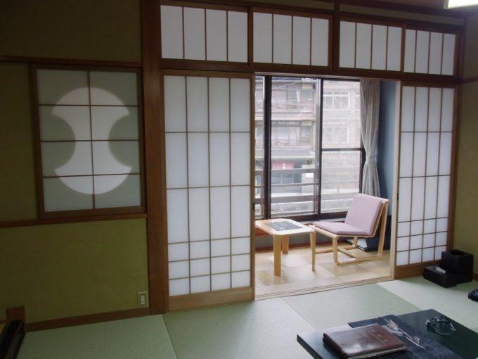 城崎温泉山本屋貴重な木造三階建て客室