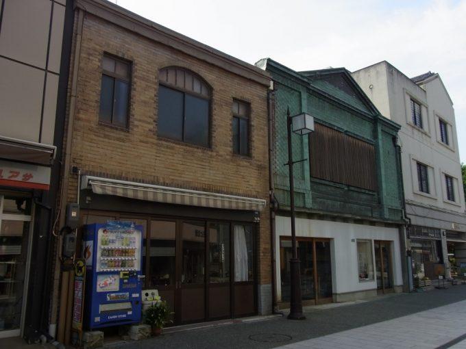 金沢の古きよき看板建築