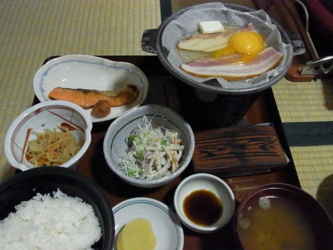 鉛温泉藤三旅館湯治部朝食