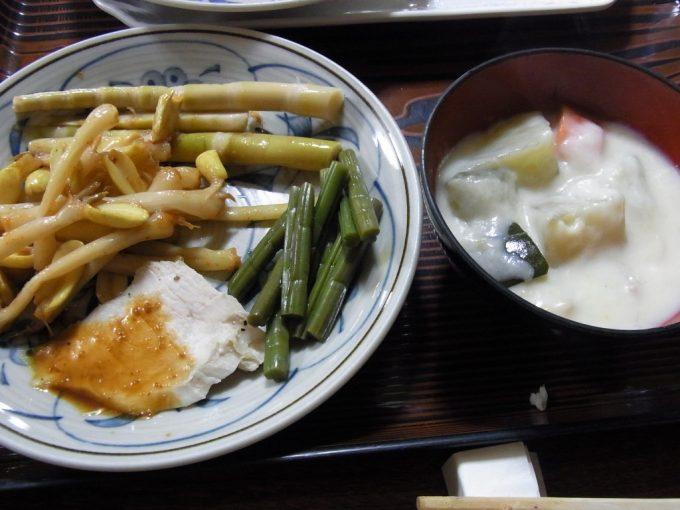 八幡平藤七温泉彩雲荘バリエーション豊かな山菜中心のバイキング