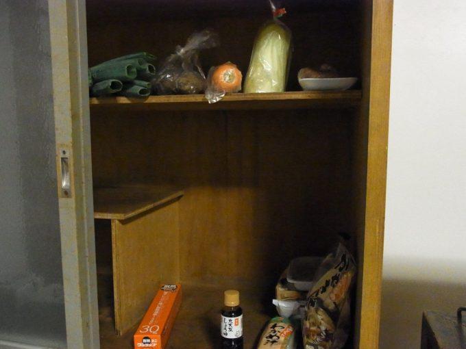 大沢温泉自炊部買ったものは戸棚に保管