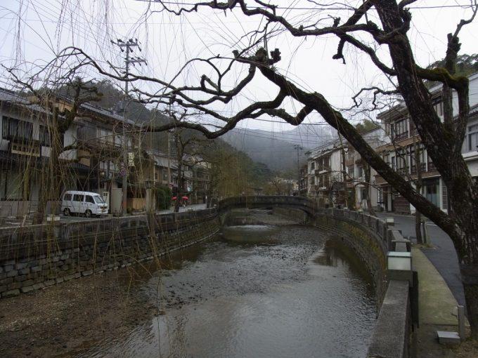 冬の城崎温泉街