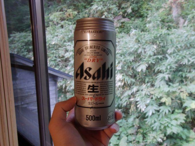 秋田乳頭温泉郷孫六温泉湯上がりの冷たいビール