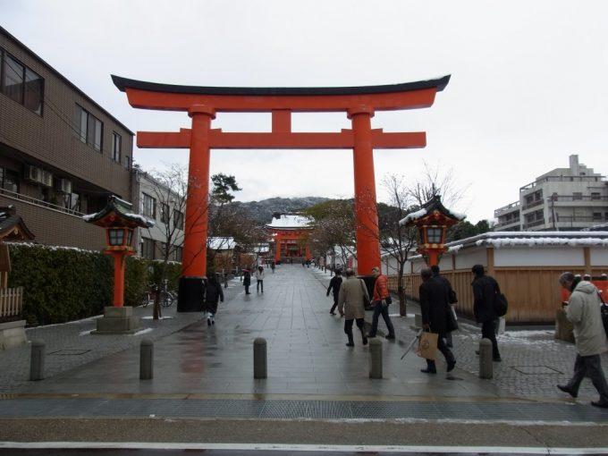 冬の京都伏見稲荷大社大鳥居