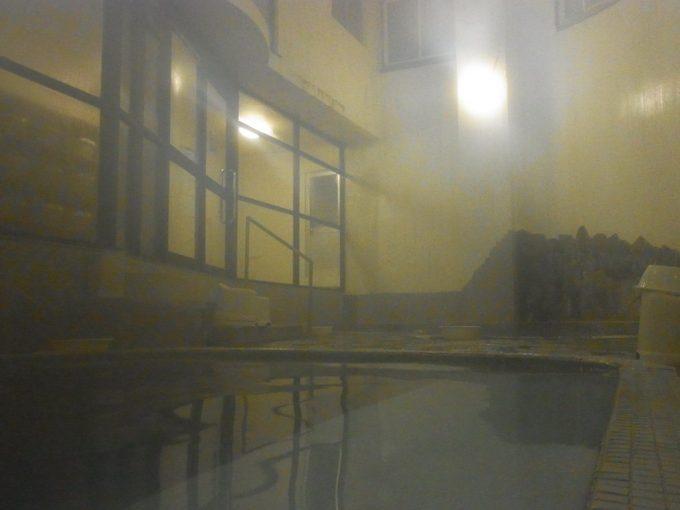 大沢温泉自炊部薬師の湯の渋い雰囲気