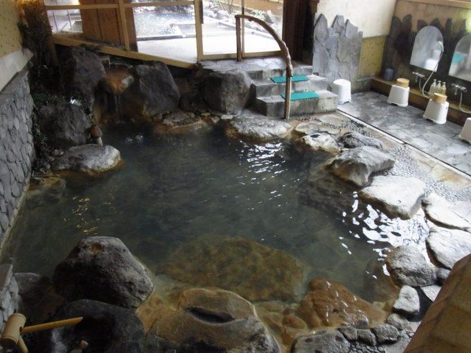 別府鉄輪温泉黒田や大浴場