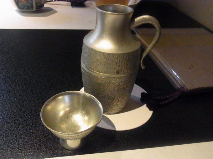 京都祇園うえもり錫の酒器で供される英勲