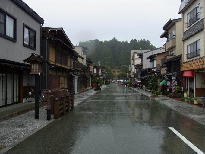 飛騨高山櫻山神社参道