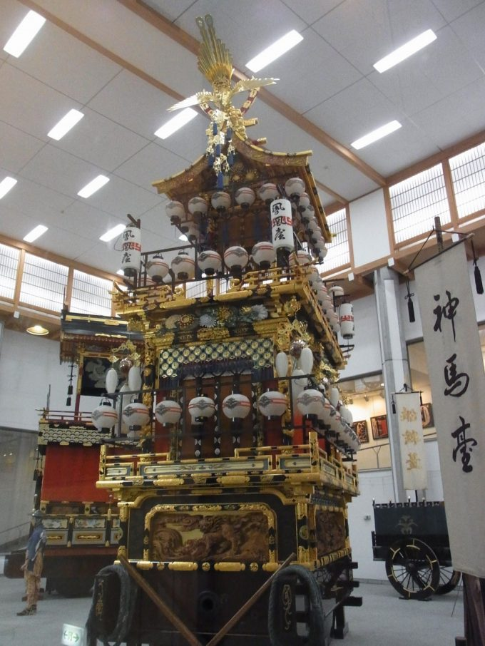 飛騨高山高山祭屋台会館神馬臺