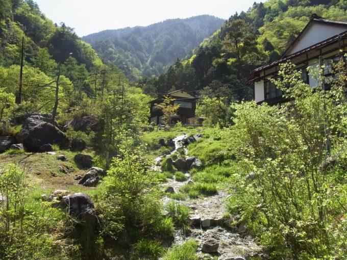 信州秘湯中房温泉山まるごと一軒宿