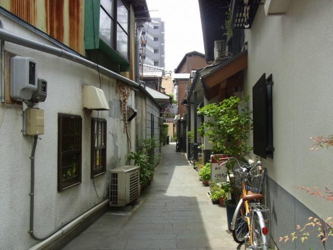 松本の妖しい路地