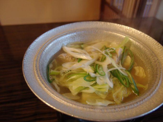 青根温泉岡崎旅館鶏塩鍋