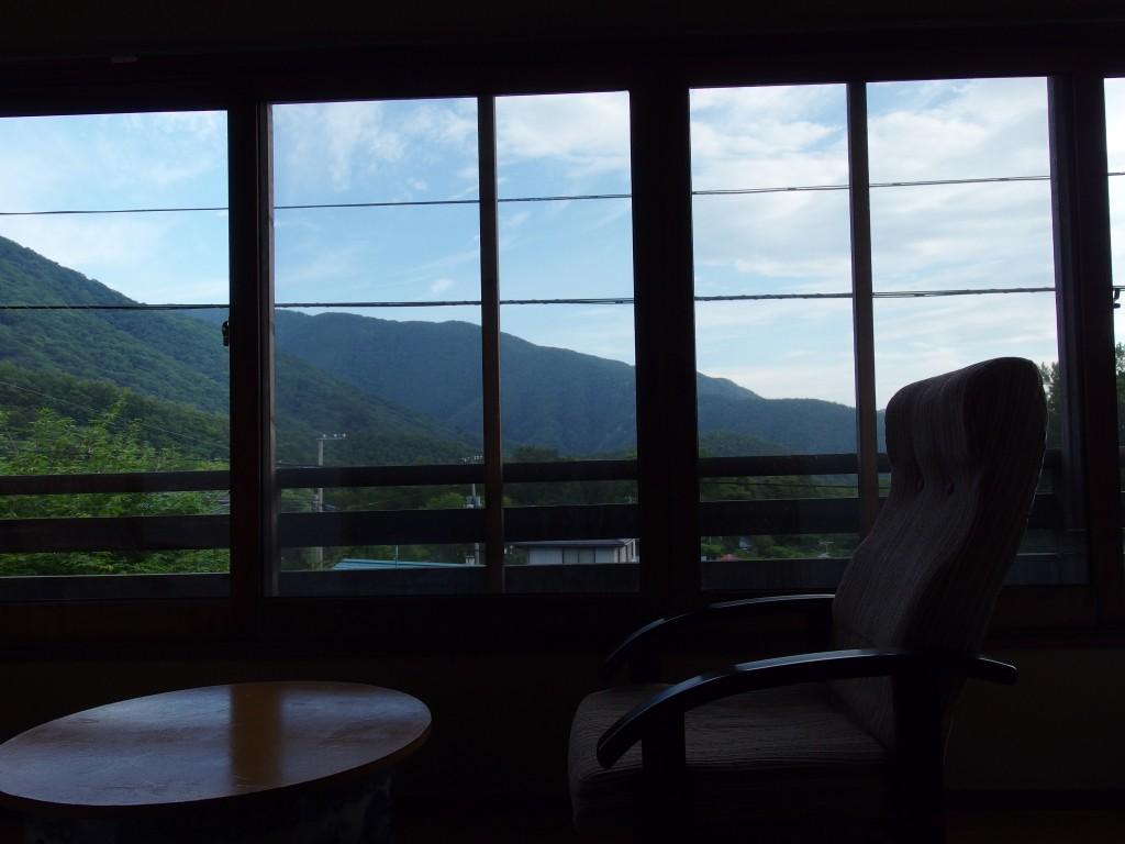 蔵王山麓高原で迎える夏の朝