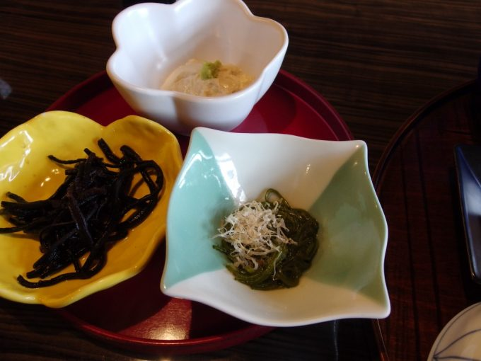 青根温泉岡崎旅館朝食小鉢