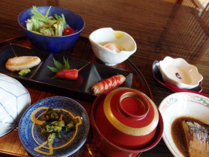 青根温泉岡崎旅館美味しい朝食