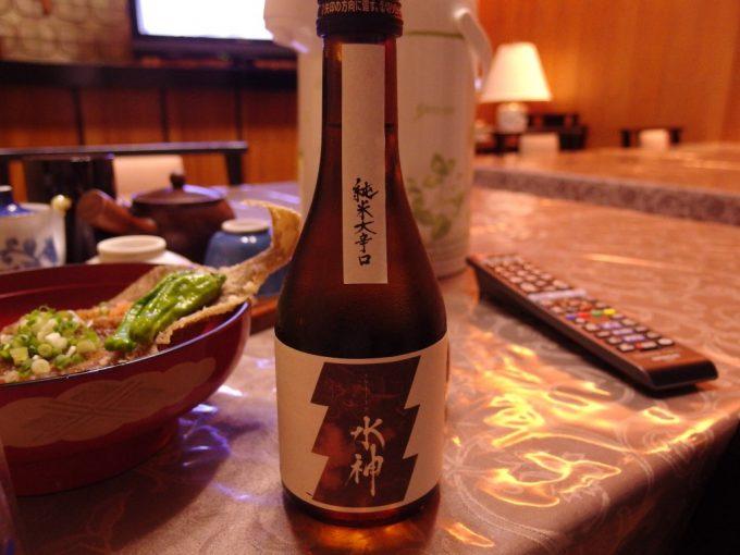 花巻台温泉中嶋旅館夕食のお供にあさ開純米大辛口水神
