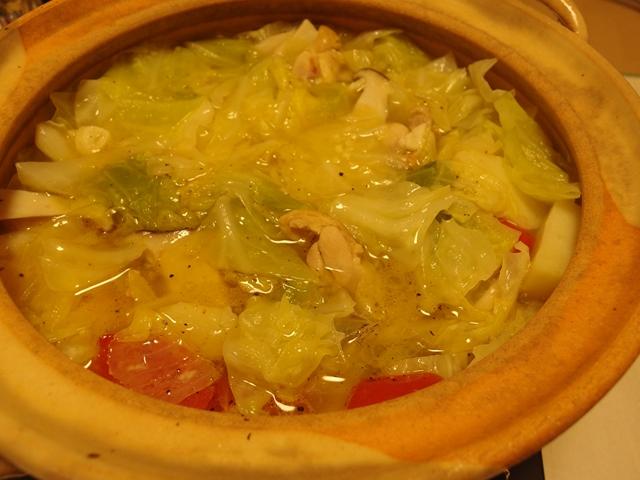 キャベツたっぷりペペロンチーノ鍋