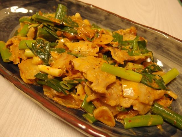九条ねぎと豚の味噌マヨキムチ炒め