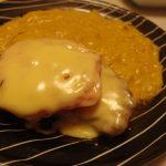 チーズトマトチキンソテーコーンクリームソース・白菜とコンビーフのマヨぽんサラダ