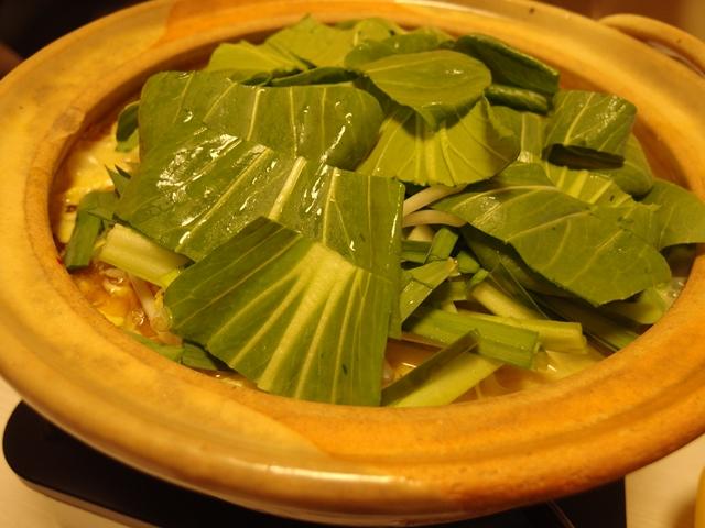 青森っぽい!?味噌カレー牛乳鍋(バター入り)