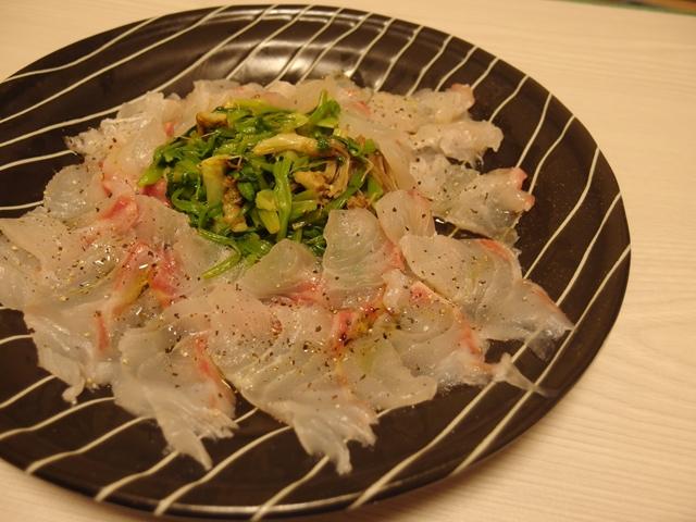 鯛とせりのナムル風カルパッチョ