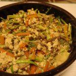 せりと海苔の炒り豆腐・行者にんにくの肉巻き山椒味噌だれ
