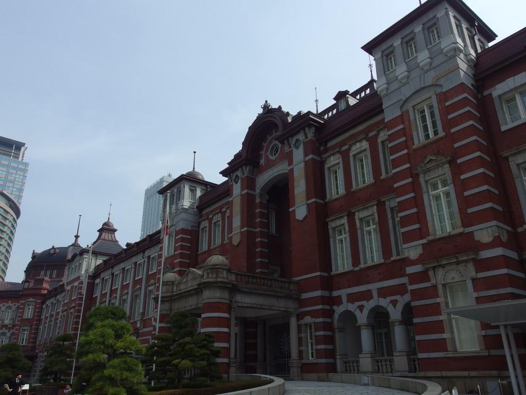 春の東京駅赤レンガ駅舎