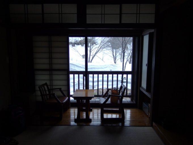奥湯沢目の湯貝掛温泉雪景色をひとり占め