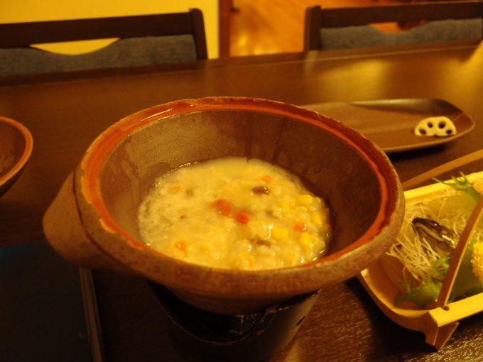 貝掛温泉名物薬膳玄米粥