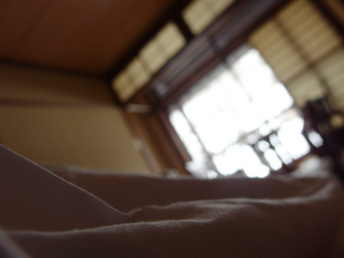 奥湯沢目の湯貝掛温泉朝食後のまどろみタイム