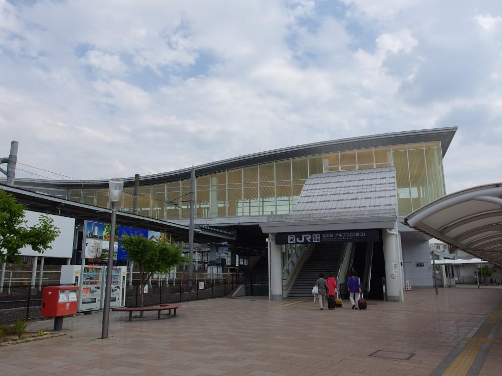 初夏の松本駅