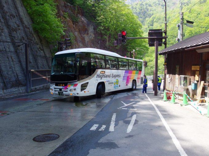 アルピコ交通バス上高地行き