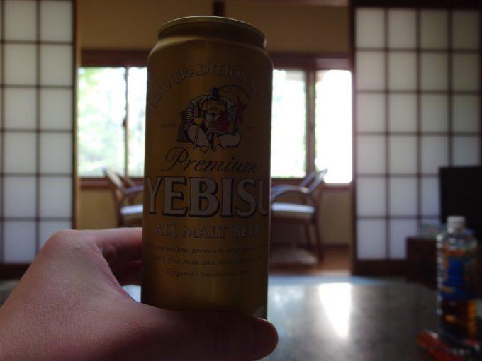 白骨温泉かつらの湯丸永旅館湯上がりに至福のヱビスビール