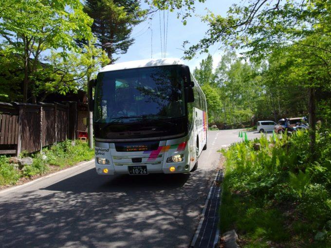 アルピコ交通バス新島々行き