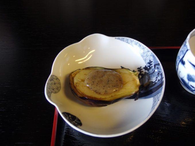 強首温泉樅峰苑朝食のなす田楽