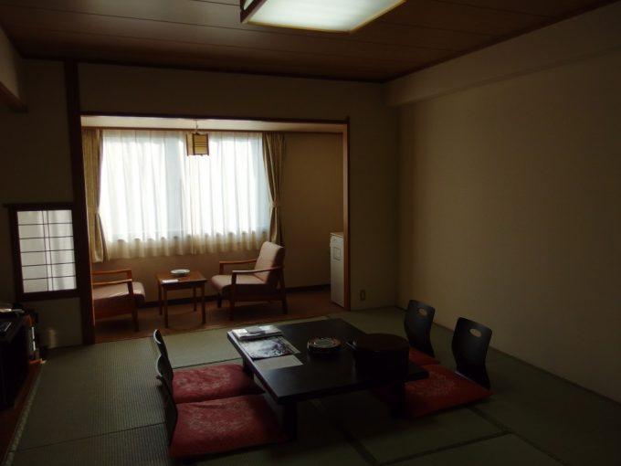 八幡平ロイヤルホテル和室