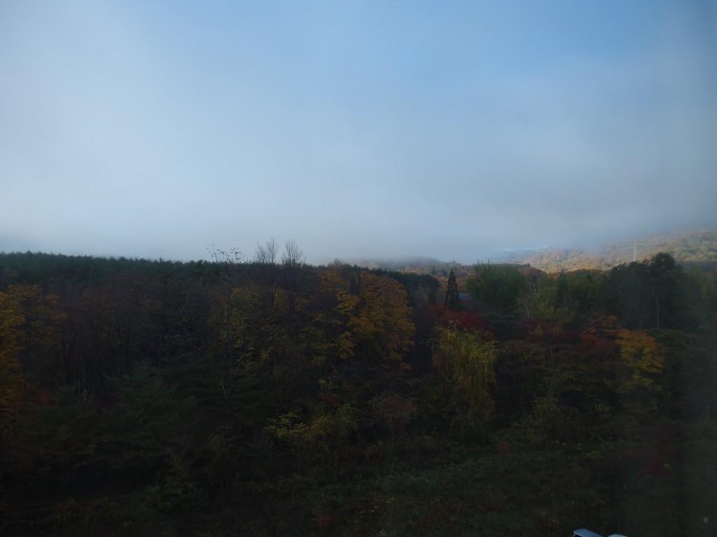 八幡平ロイヤルホテルで迎える紅葉の朝