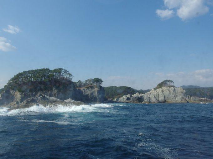 みやこ浄土ヶ浜遊覧船から眺める浄土ヶ浜の裏側