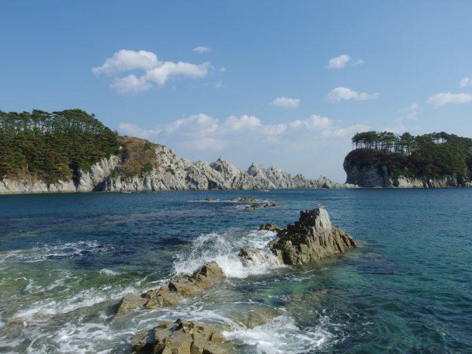 浄土ヶ浜千変万化の眺めを楽しめる遊歩道