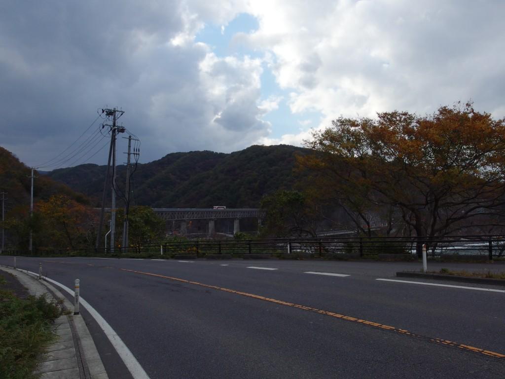 国道から眺める三陸鉄道安家川橋梁