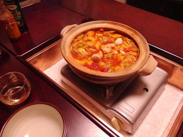 サッポロ一番塩トマト鍋