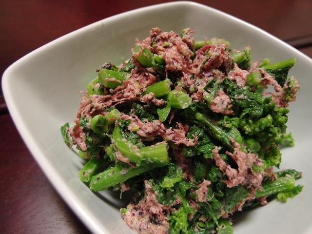 菜の花とコンビーフの旨味塩昆布サラダ