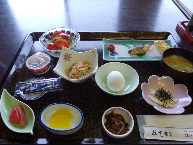 須川高原温泉和定食の朝食
