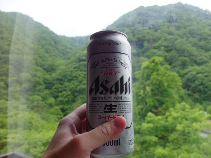鷹泉閣岩松旅館湯上がりに冷たいビール