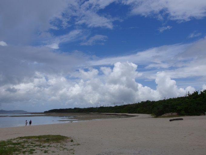 竹富島コンドイ浜の海は信じられないほどの温かさ