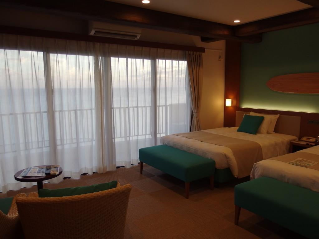石垣シーサイドホテルてぃーだ館デラックスタイプ客室