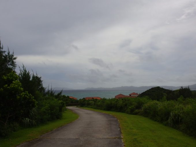 曇り空の東シナ海